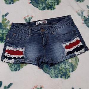 Like new denim American inspired shorts